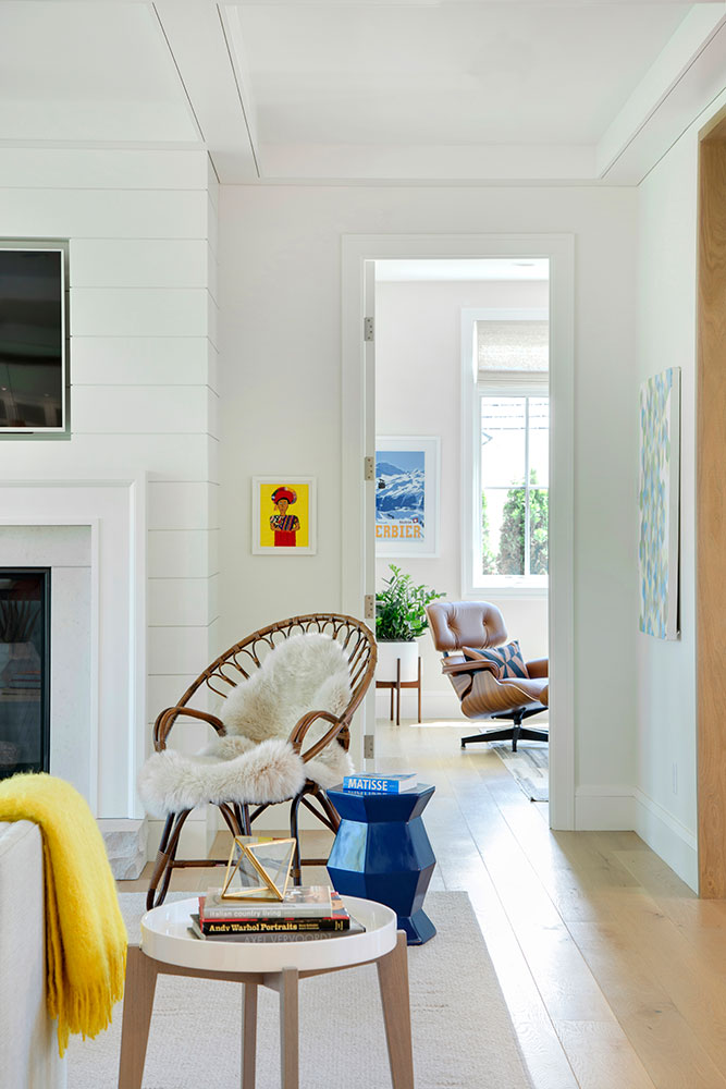 House Tour-Lucy's Simply Nordic Waterfront Home Is So Perfect 16.jpg