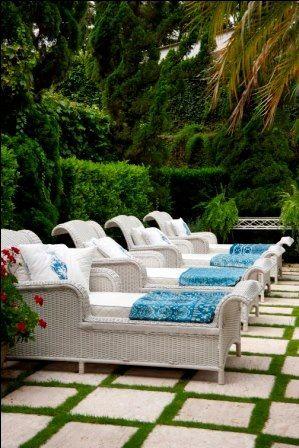 Today's Feature-Gorgeous Pool Side 32.jpg