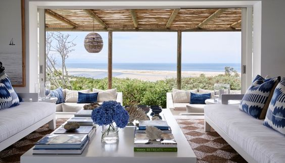 Beach Travel-A Hideaway Overlooking Plettenberg Bay Lagoon 1.jpg