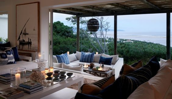 Beach Travel-A Hideaway Overlooking Plettenberg Bay Lagoon 3.jpg