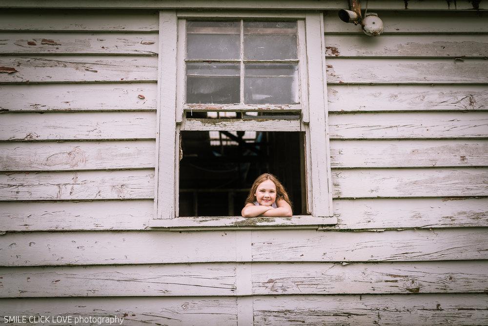 Family photos Farm and Pony-3.jpg