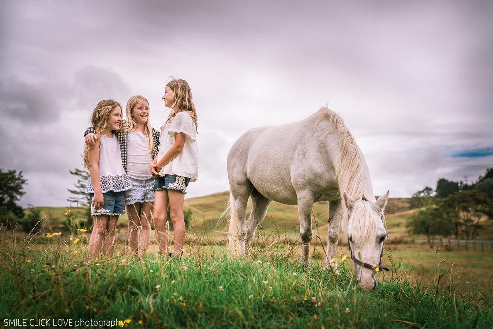 Family photos Farm and Pony-7.jpg