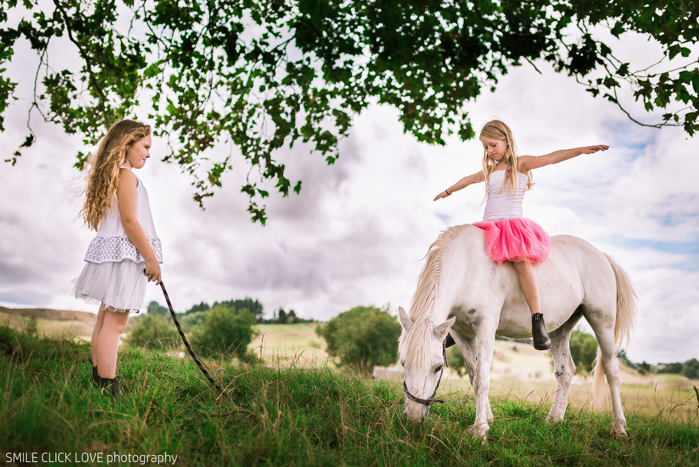 Family photos Farm and Pony-13.jpg