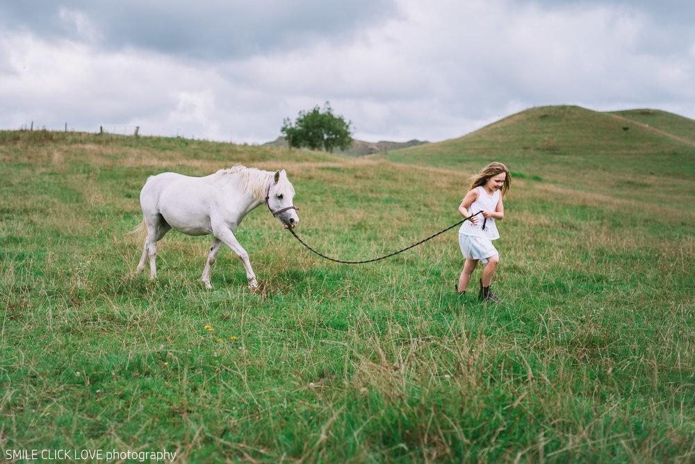 Family photos Farm and Pony-17.jpg