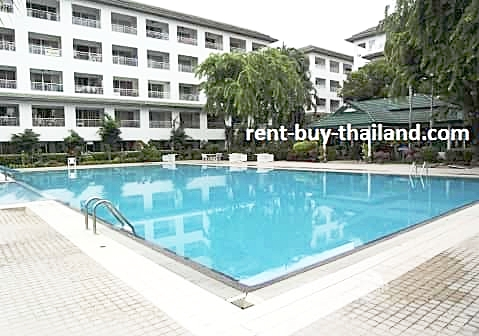 Baan Suan Lalana Swimming Pool