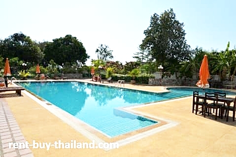 Nathesa Grand Swimming Pool
