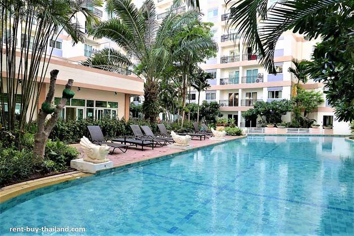 Park Lane Pool Pattaya