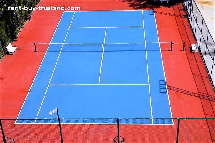 Condo with Tennis Court Pattaya