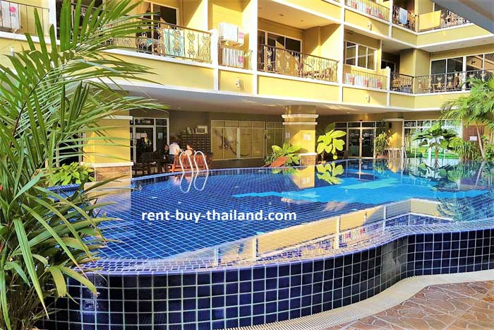 Siam Oriental Twins Swimming Pool