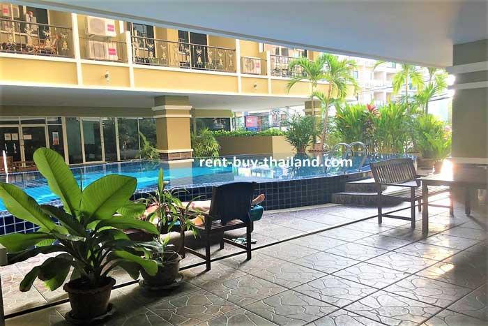 Siam Oriental Twins Pool Area