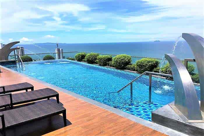 Peak Towers Rooftop Infinity Pool
