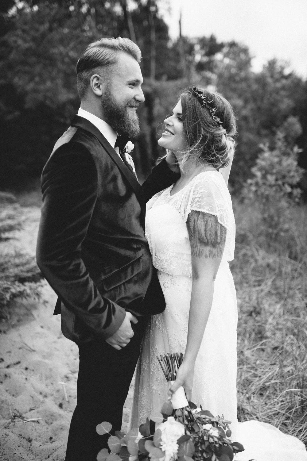 3-lake superior wedding.jpg