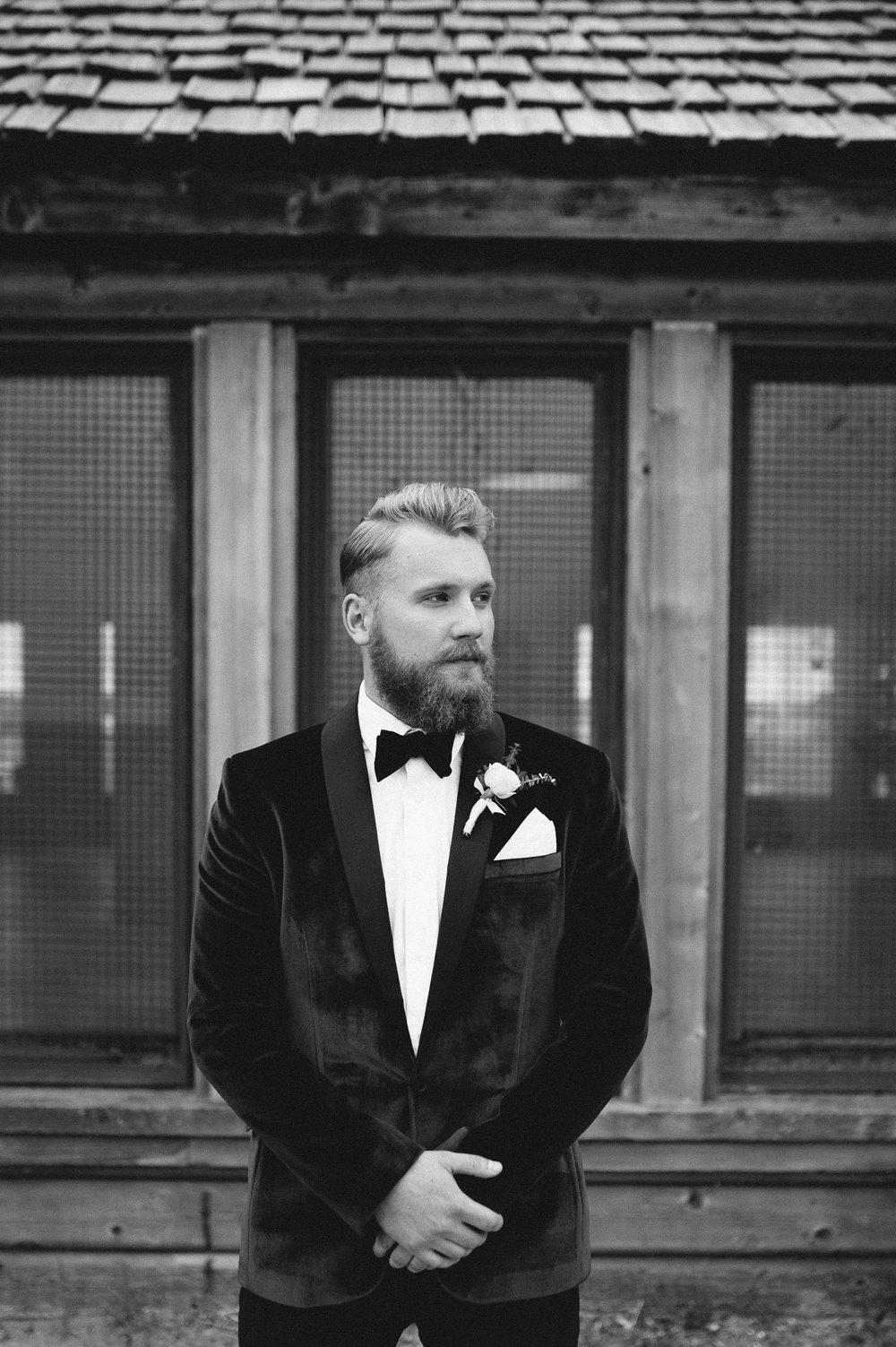 13-handsome groom wedding photos.jpg
