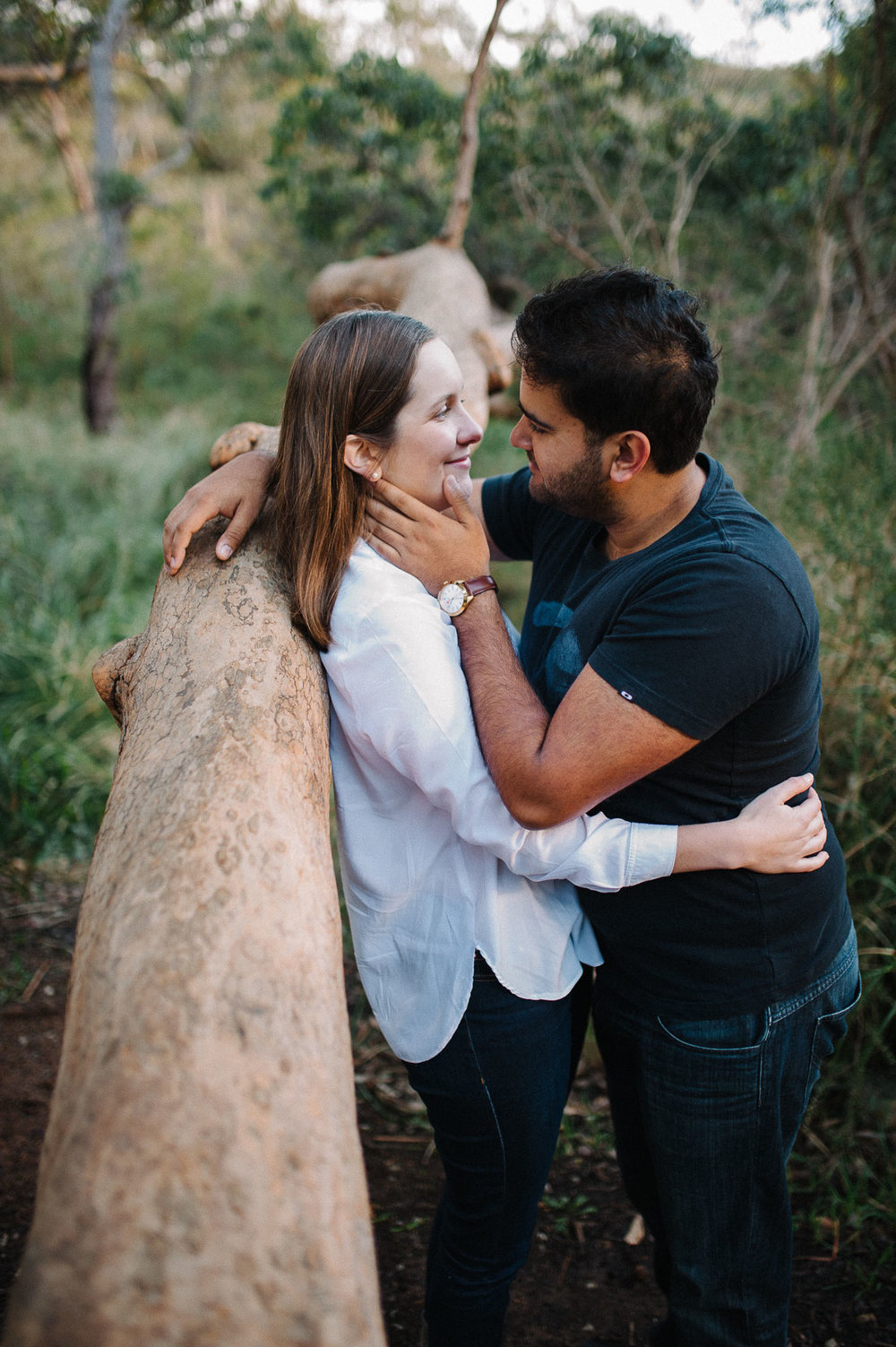 24-relaxed engagement photography perth.jpg