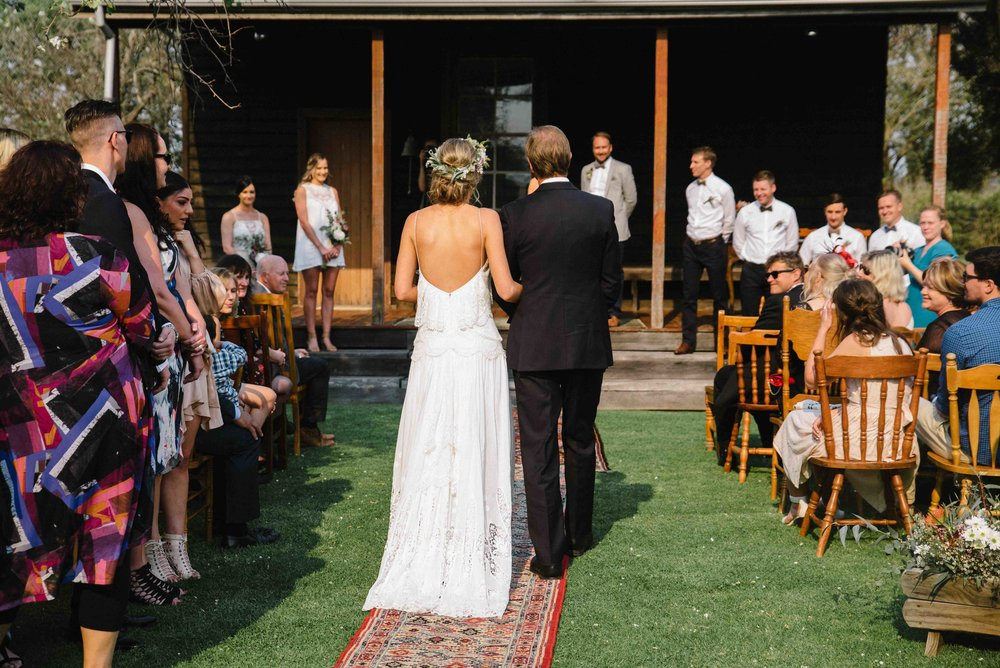 19-rustic chic outdoor wedding down south.jpg