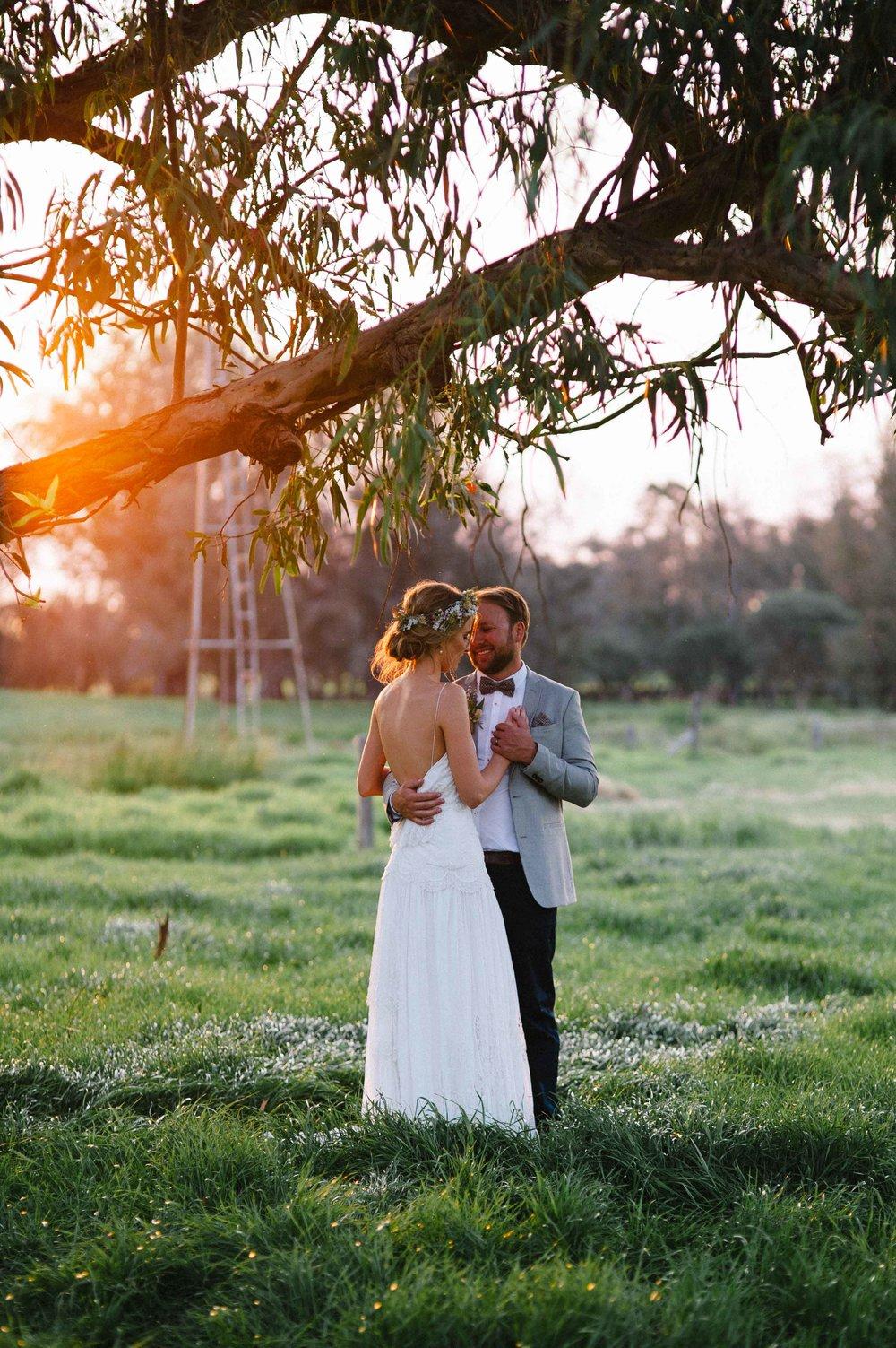 67-romantic sunset wedding photography rustic perth.jpg