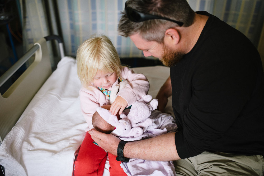 2-perth newborn birth lifestyle photographer.jpg