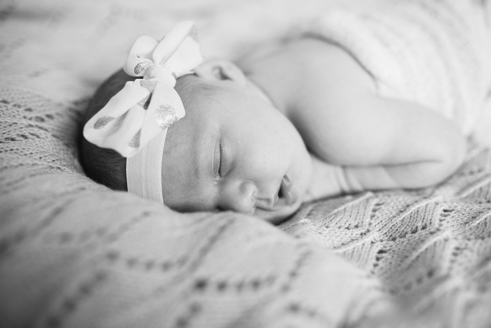 11-perth lifestyle newborn photographer.jpg