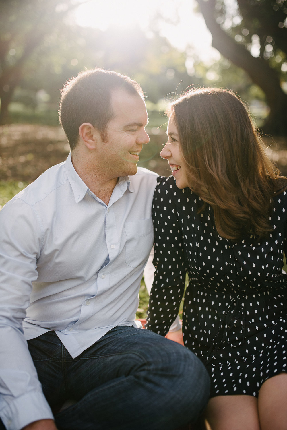 perth wedding engagement photography hyde park (12).jpg