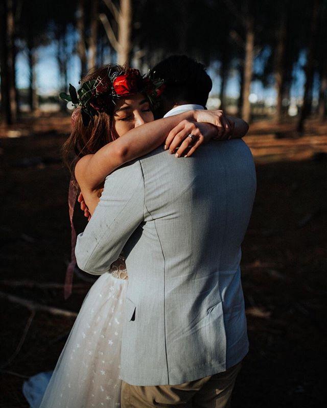 There goes my mind racing And you are the reason That I'm still breathing I'm hopeless now. ⠀⠀⠀⠀⠀⠀⠀⠀⠀ ⠀⠀⠀⠀⠀⠀⠀⠀⠀ @amanda.aftonphoto @mariellestudio @loveyourwaymarriagecelebrant #perthelopementco #helloelopement #elope #perthelopementphotographer #elopementphotographer #elopementwedding #bestperthweddings #indiebride #bohobride #flowercrown #momentsovermountains #realwedding #perthwedding #weddingideas #adventuresession #bridetrends #weddingphotography #amazing_loveee #weddingflowers #portraitcollective #chasinglight #naturallight #togetherweroam #main_vision #master_shots #thebabetowncollective #heatercentral #collectivelycreate #portraitcollective #weddingcollective