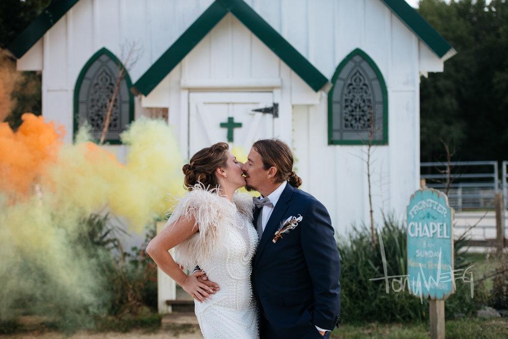 @littlesabs + @bobweirisajedi a little smoke, and a lotta love <3