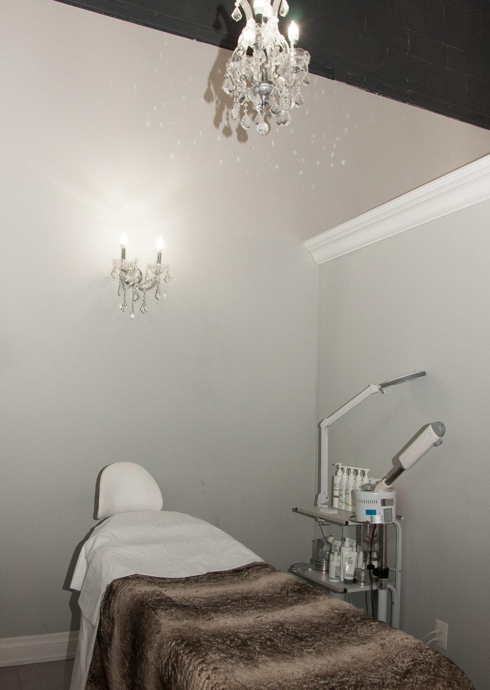 hairology-salon-vaughan-15.jpg