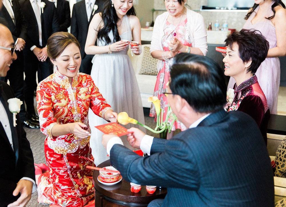 dloveaffair_wedding_tea_ceremony_door_game.jpg