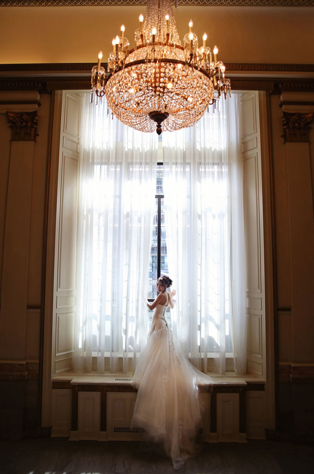 dloveaffair_wedding_bride_hotel_vancouver.jpg