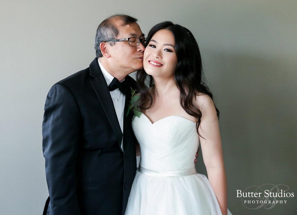 dloveaffair_wedding_bride_fatherofbride_vancouverweddingplanner.jpg