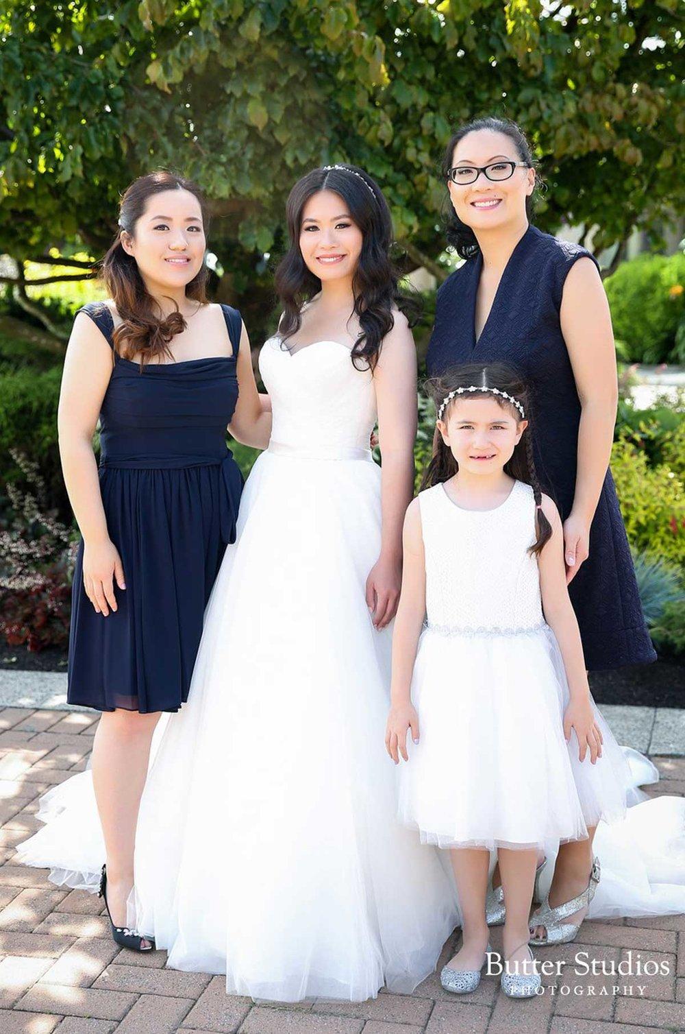 dloveaffair_wedding_bridal_party_bride.jpg
