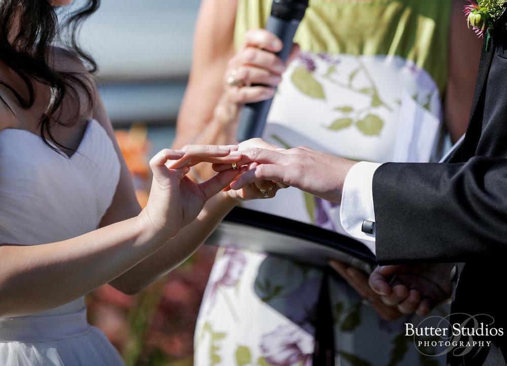dloveaffair_wedding_ring_exchange.jpg