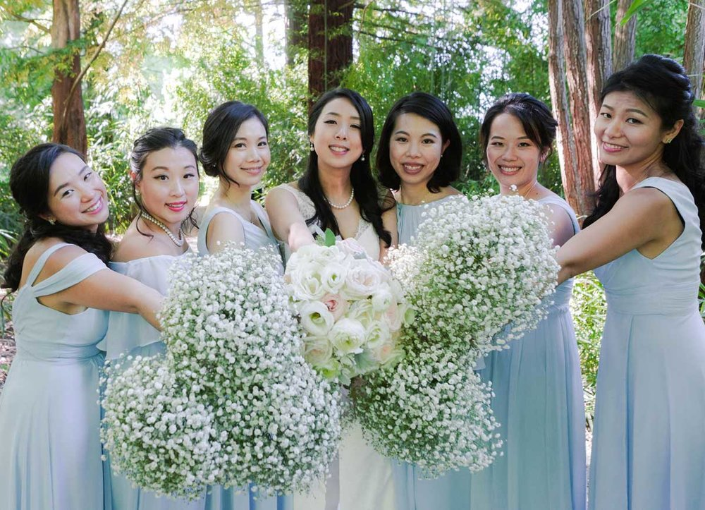 dloveaffair_wedding_bride_bridesmaids_squadgoals.jpg