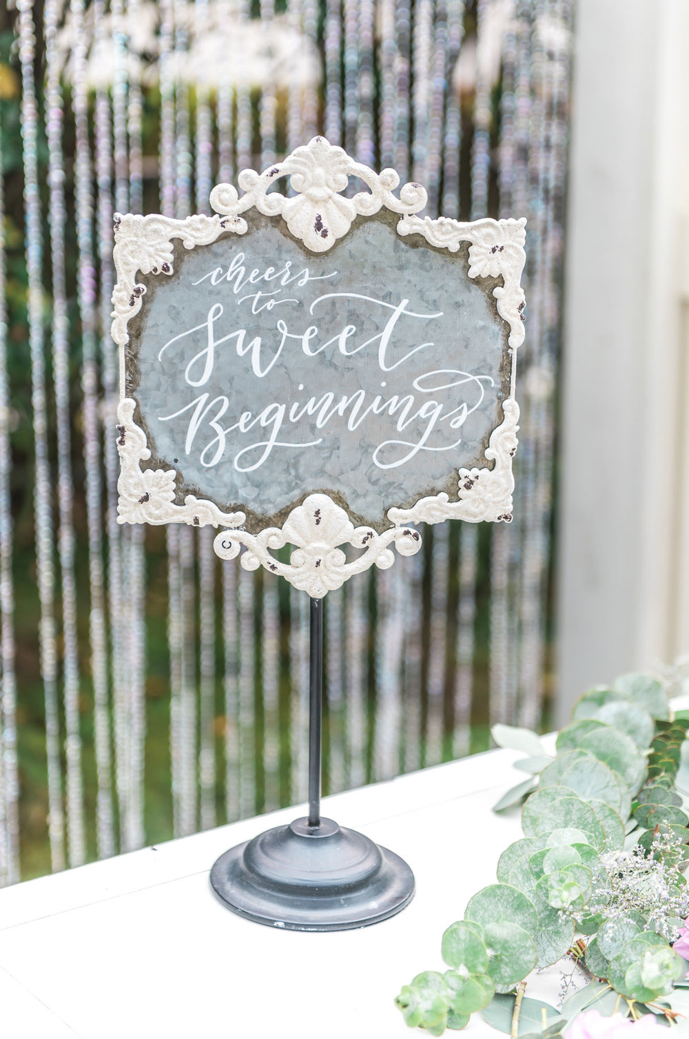 dloveaffair_weddingsign_calligraphy.jpg