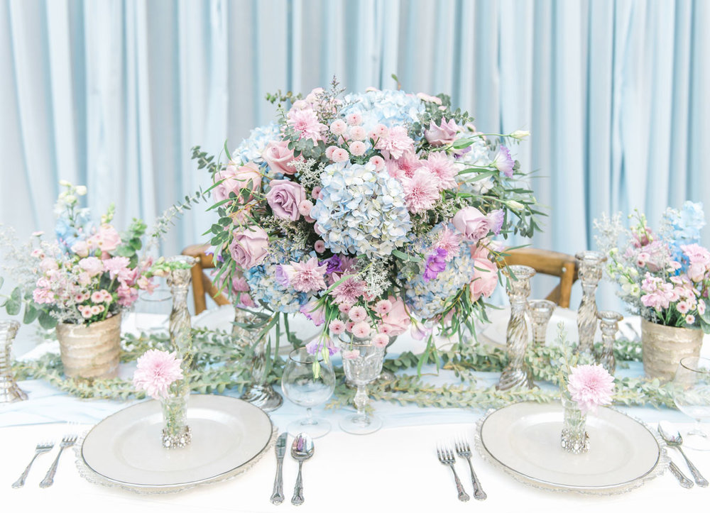vancouverwedding_tablescape_dloveaffair.jpg