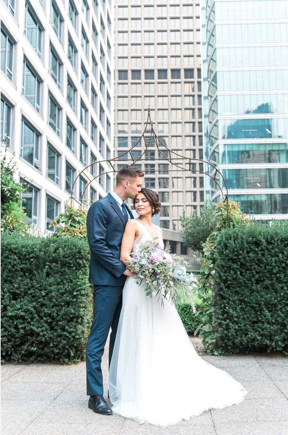 dloveaffair_bride_groom_fairmontwaterfront.jpg