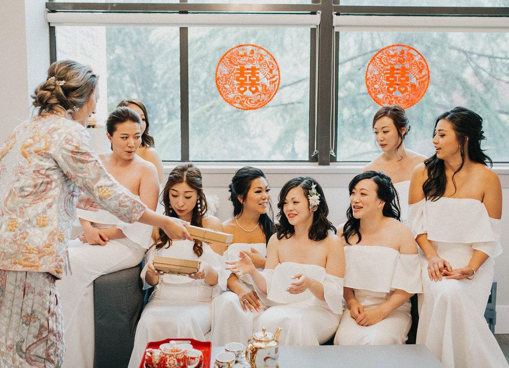 dloveaffair_wedding_bride_bridalparty.jpg