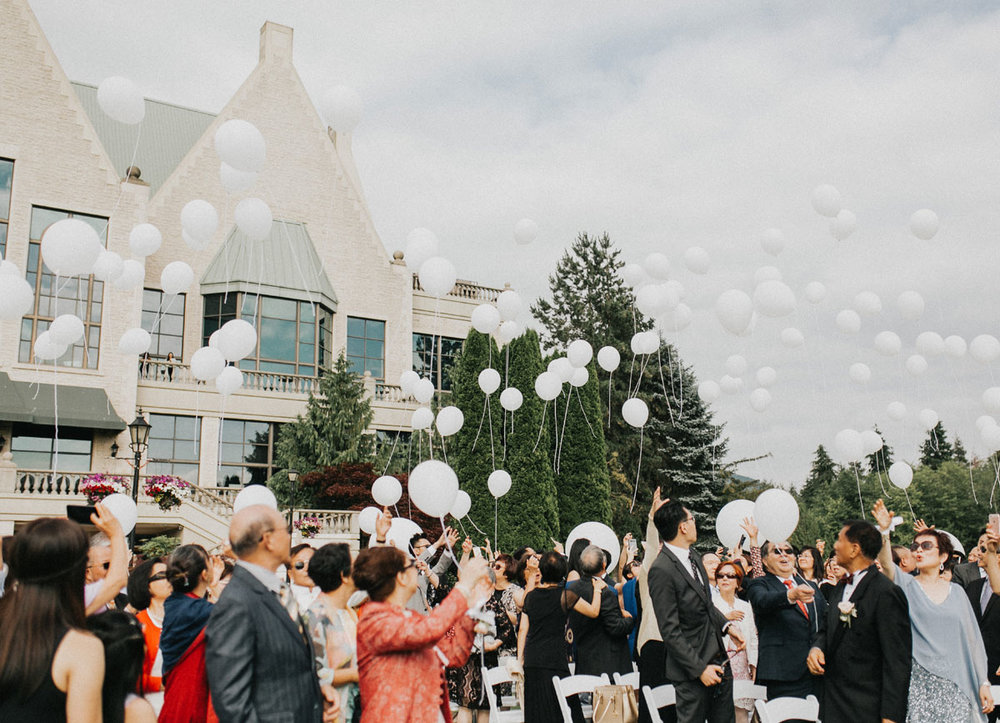 swaneset_balloonrelease_wedding.jpg