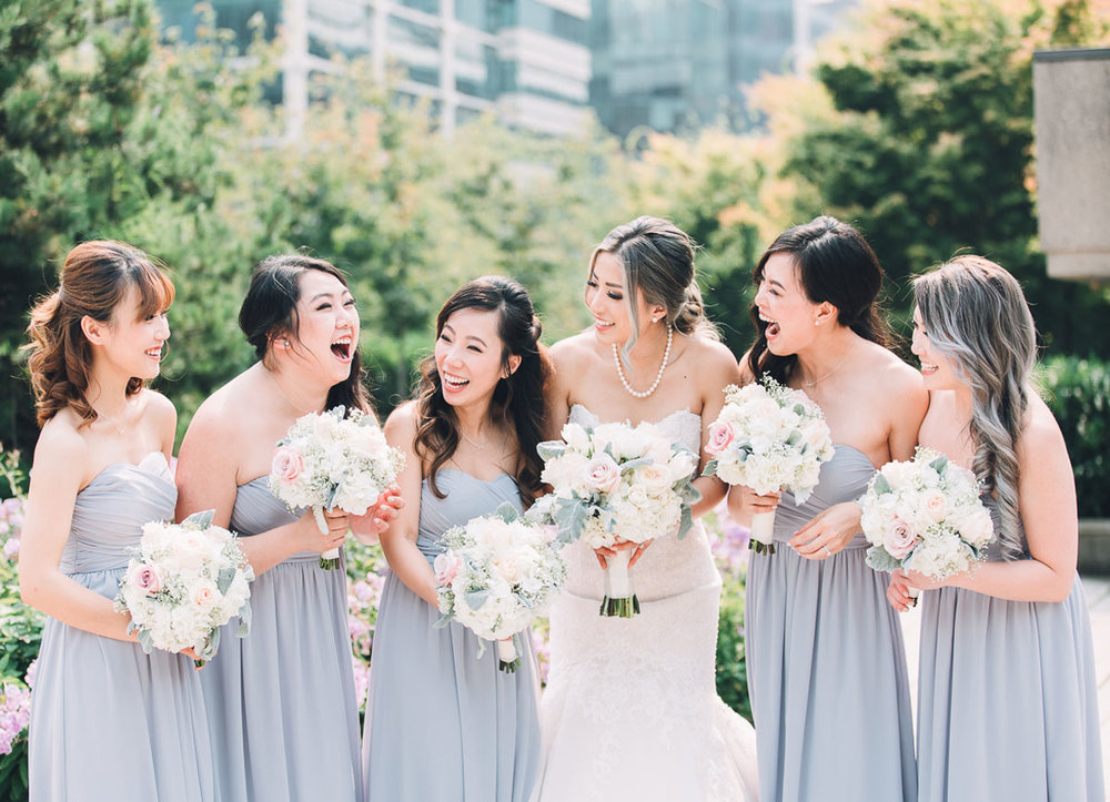 dloveaffair_wedding_bride_bridesmaids_goals_happy.jpg