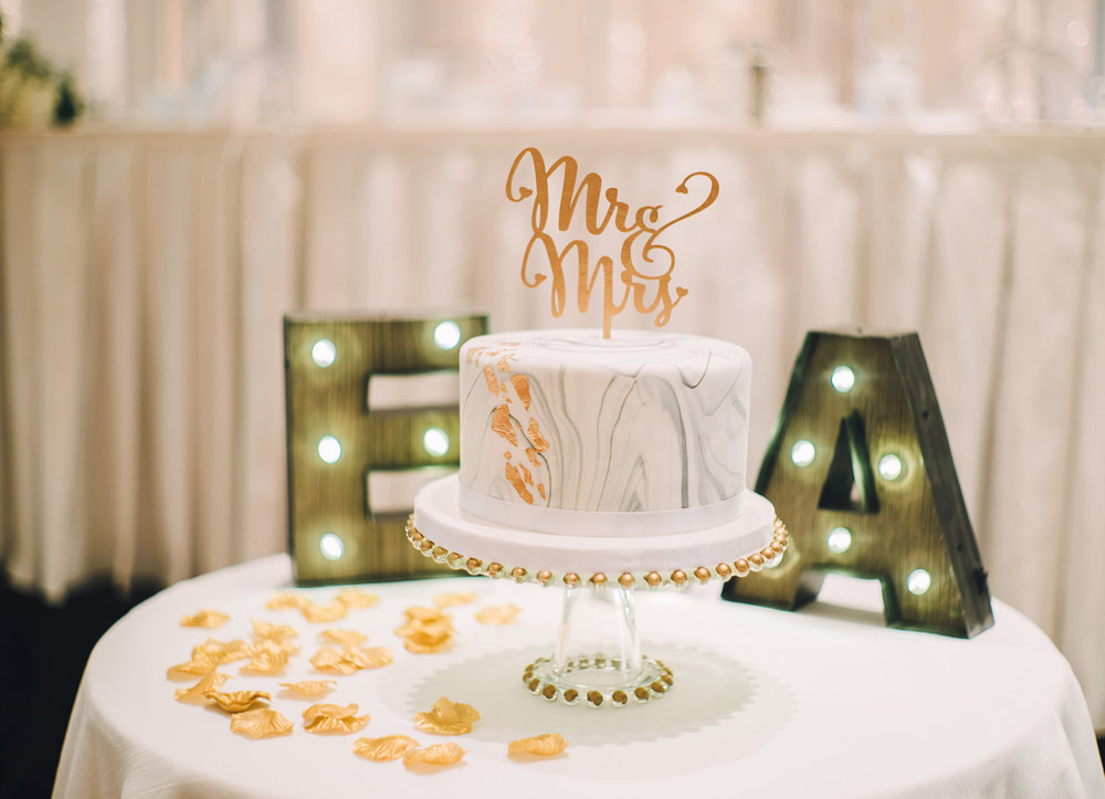 dloveaffair_wedding_cake_emily.jpg