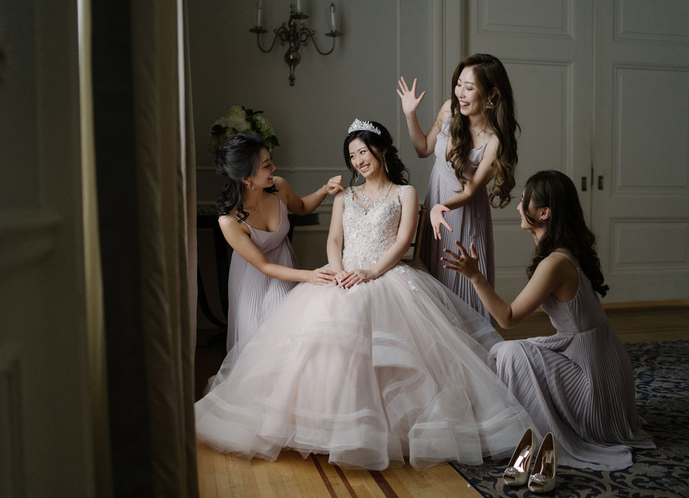 dloveaffair_bridalparty_bride.jpg