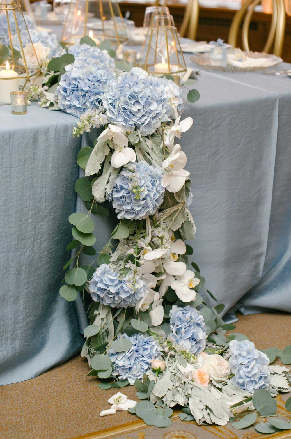 floralrunner_receptiondecor.jpg