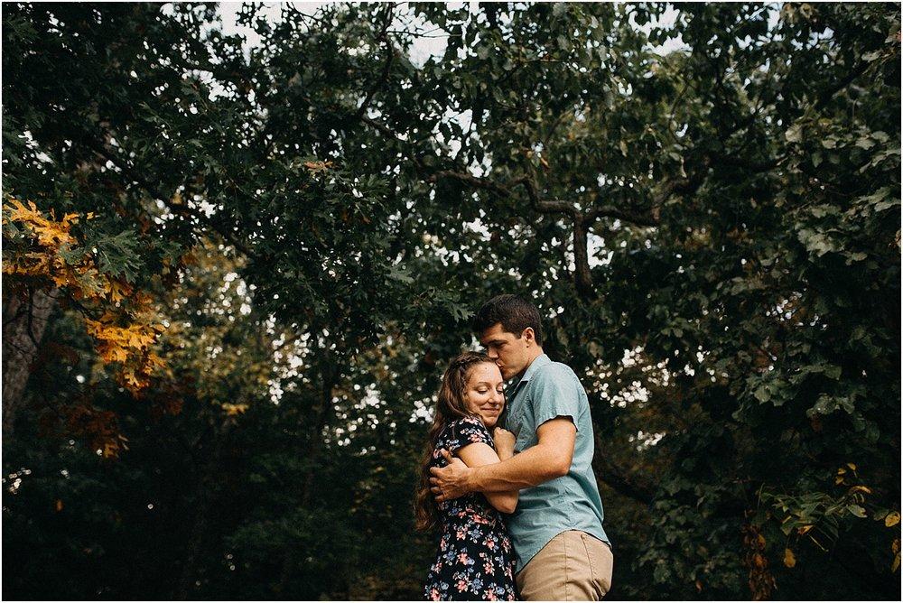 springfield-missouri-engagement-photographer-lake_0034.jpg