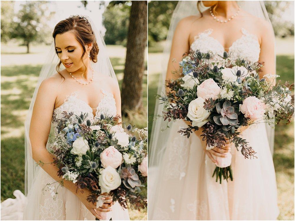 erin-darryl-missouri-wedding-photographer-mighty-oak-lodge_0024.jpg
