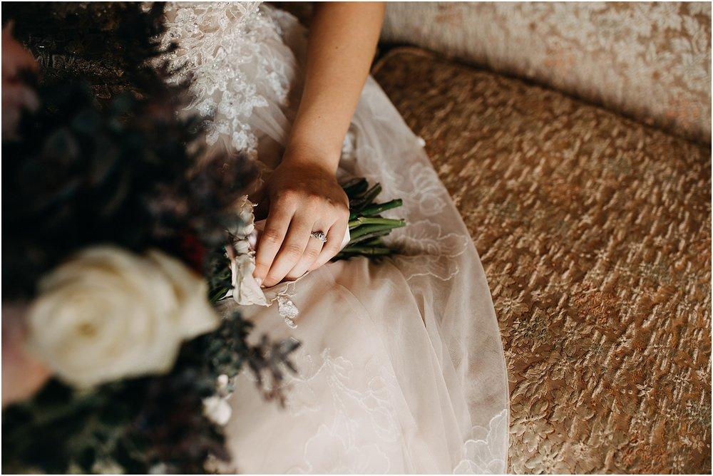 erin-darryl-missouri-wedding-photographer-mighty-oak-lodge_0029.jpg