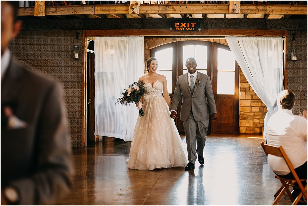 erin-darryl-missouri-wedding-photographer-mighty-oak-lodge_0065.jpg