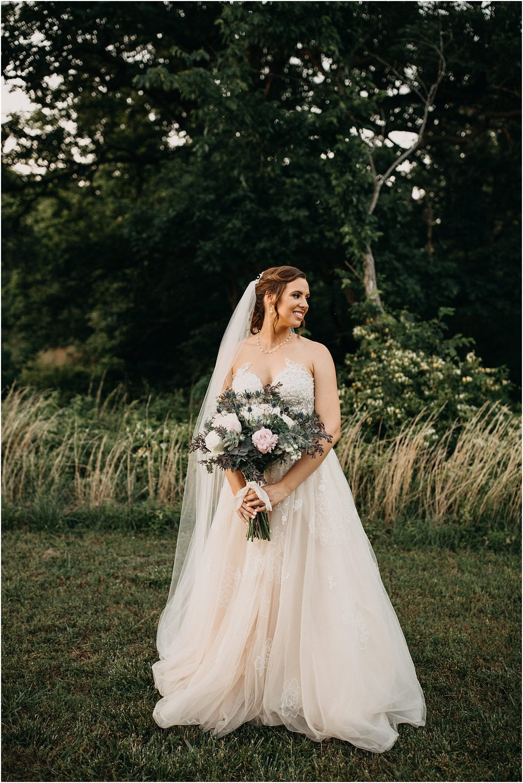 erin-darryl-missouri-wedding-photographer-mighty-oak-lodge_0093.jpg