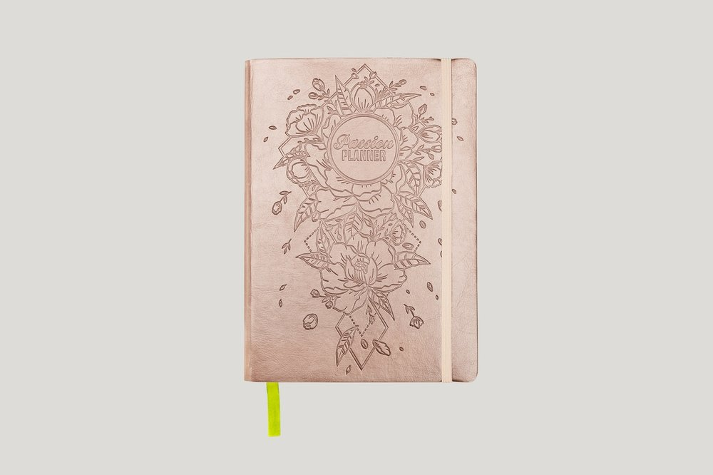 2019 Dated Yearly Passion Planner! Save 10% off by clicking on photo. I love this rose gold one best :) -