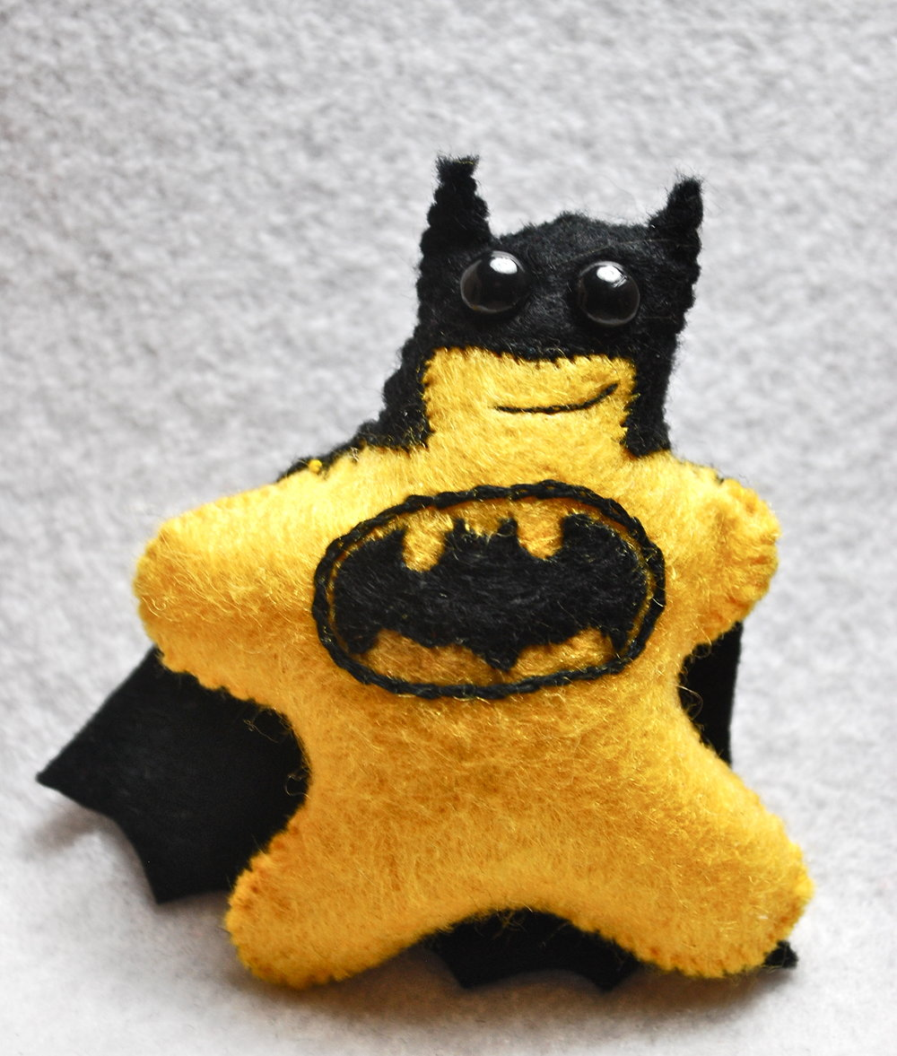 Yellow Bat Peeto.jpg