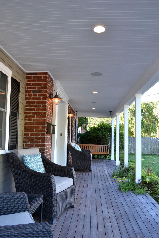 05-porch.jpg
