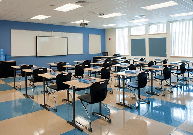 _DSC3917-windham-hs-blue-classroom.png